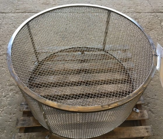 Stainless filter vessel